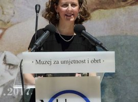 Ministro della Cultura Nina Obuljen Koržinek